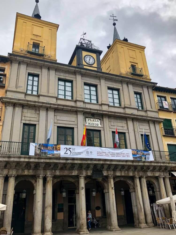 Plaza Mayor on a Segovia day trip