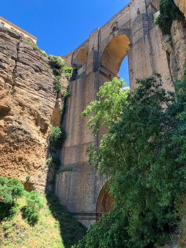 view of the side of the bridge from bottom of reveine