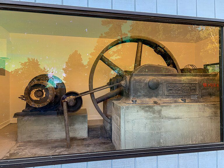 Machine used to help carve Mount Rushmore
