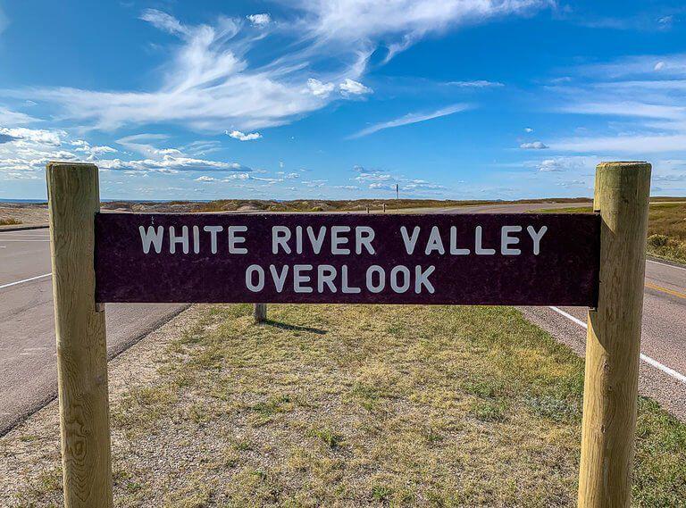 White river valley overlook badlands national park