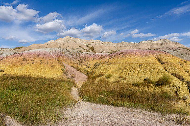 Beautiful colors at yellow mounds overlook badlands national park