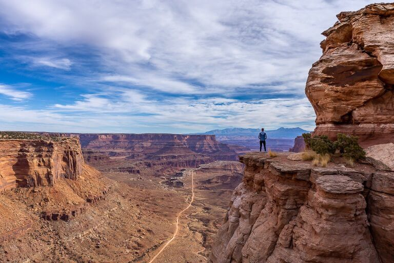 Mark where are those morgans on a cliff edge near share trail Canyonlands national park Utah