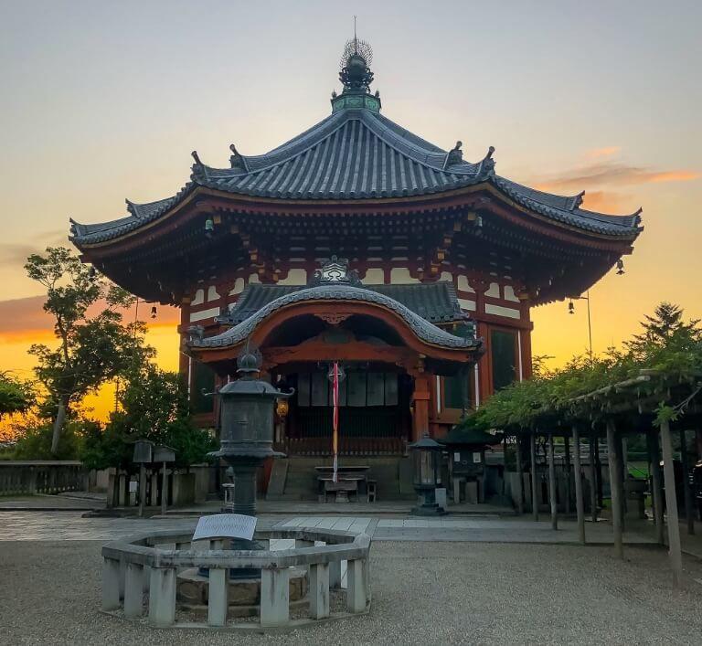 Nara Day Trip Nan'en-do Temple Kofuku-ji from Kyoto or Osaka One Day itinerary
