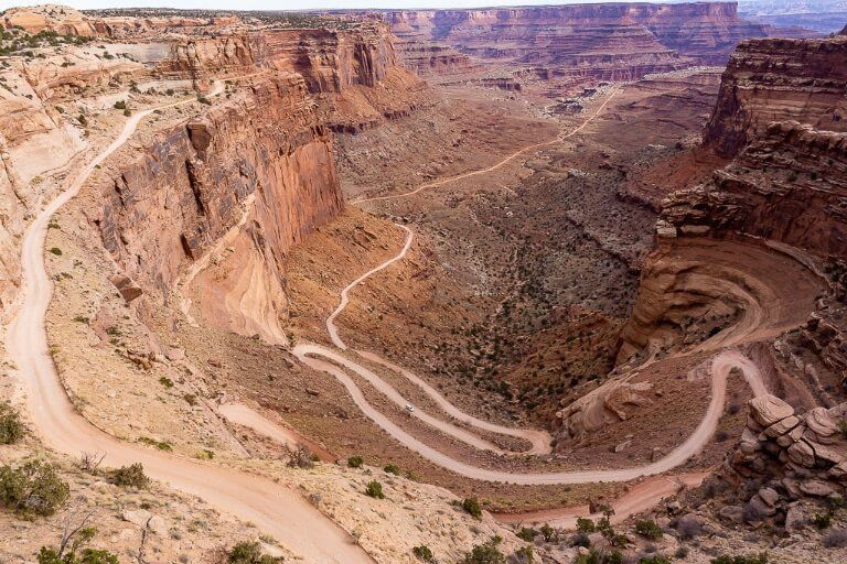 Adventurous 4wd route share trail connecting Moab to canyonlands