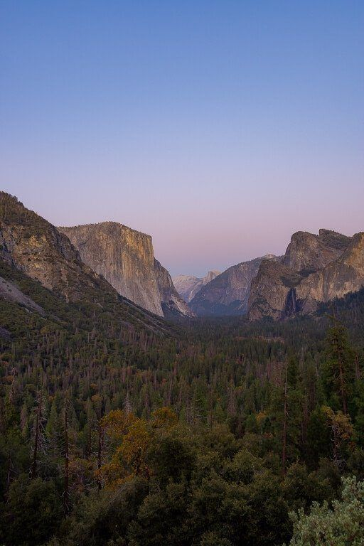 Yosemite photography amazing view from tunnel view overlook purple blue sky