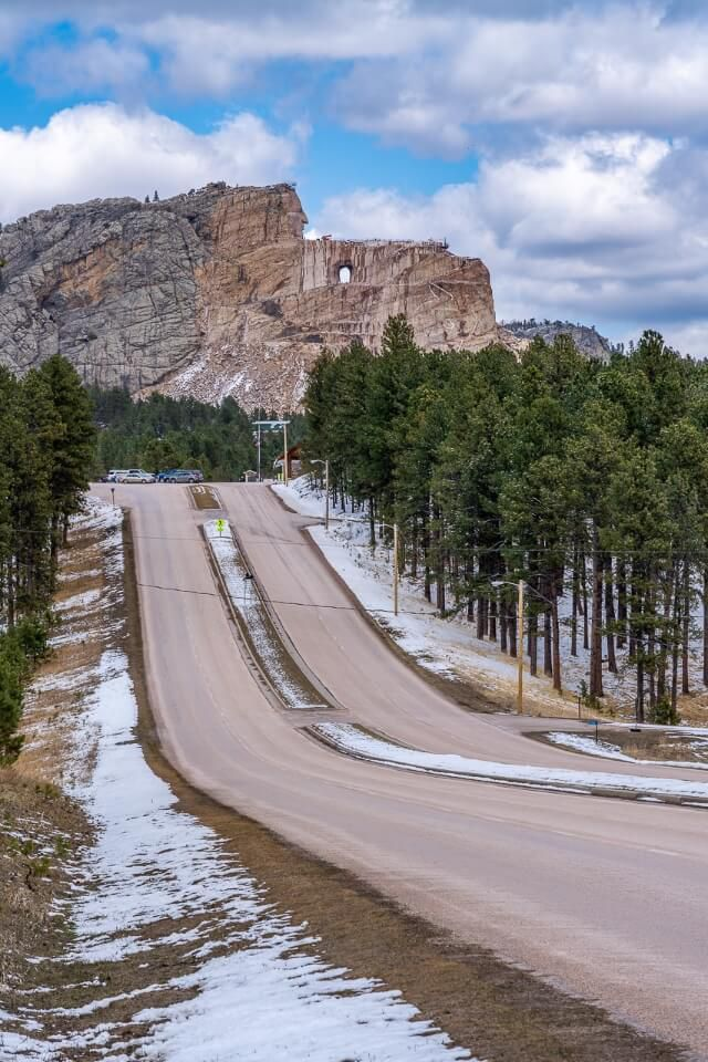 Road leading to crazy horse in spring