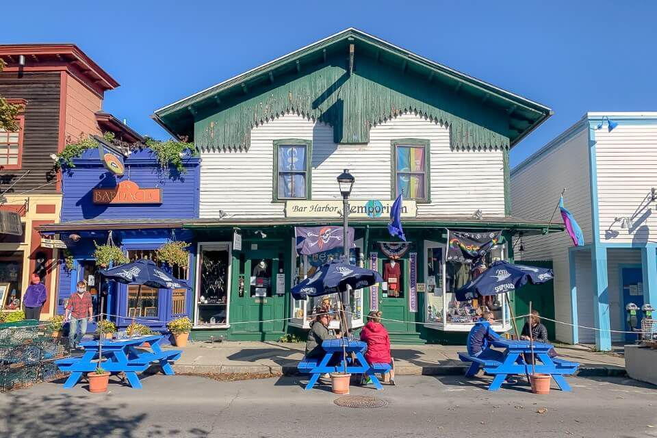 Downtown Bar Harbor shops and restaurants popular place for where to stay in acadia national park maine