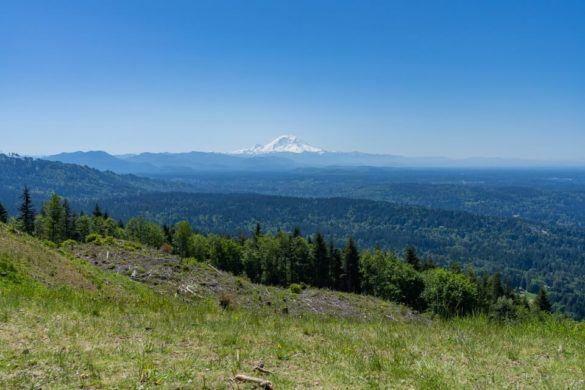 Poo Poo Point Trail Hike Summit Overlooking Mt Rainier Awesome Day Hike Near Seattle Washington