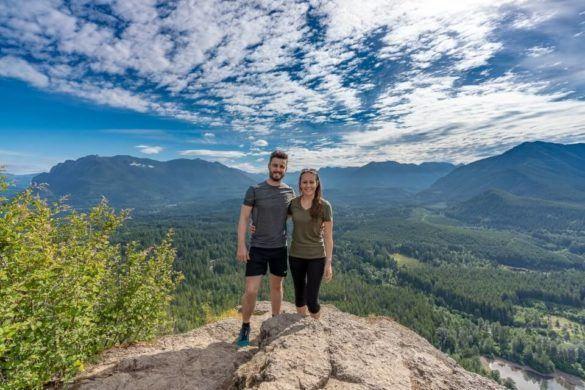Rattlesnake Ledge Trail Hike Where Are Those Morgans Summit Rolling Hills Seattle Washington Blue Sky Light Clouds