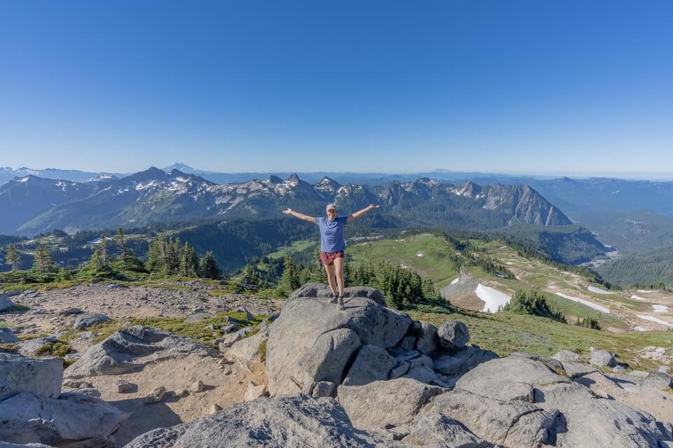 Panorama Point on the skyline trail with amazing views from mt rainier