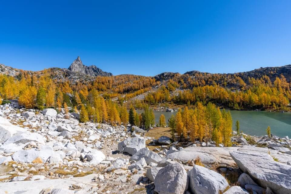 Middle Enchantments on the day hike golden larches and perfection lake stunning scenery amazing hiking trail in washington